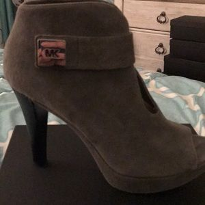 Michael Kors grey suede bootie - Size 10